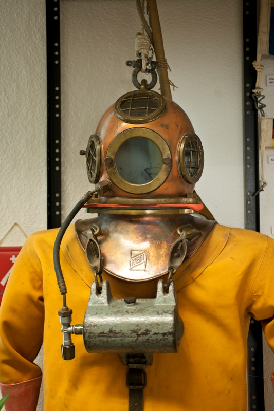 Diving suit in the Museum of navy history